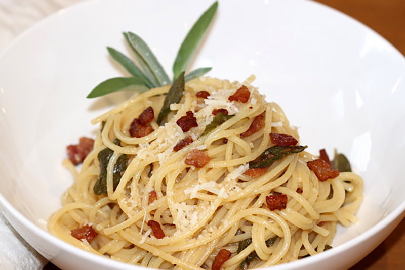 Crispy Sage and Bacon Pasta | Urb n Spice