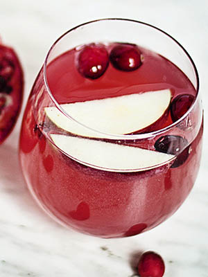 Warming Winter Sangria | Food Bloggers of Canada