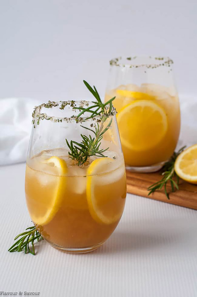 Pineapple Ginger Kombucha Cocktail | Flavour & Savour