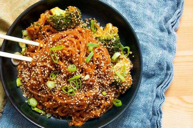 Spicy Creamy Gochujang Noodles | How to Make Dinner