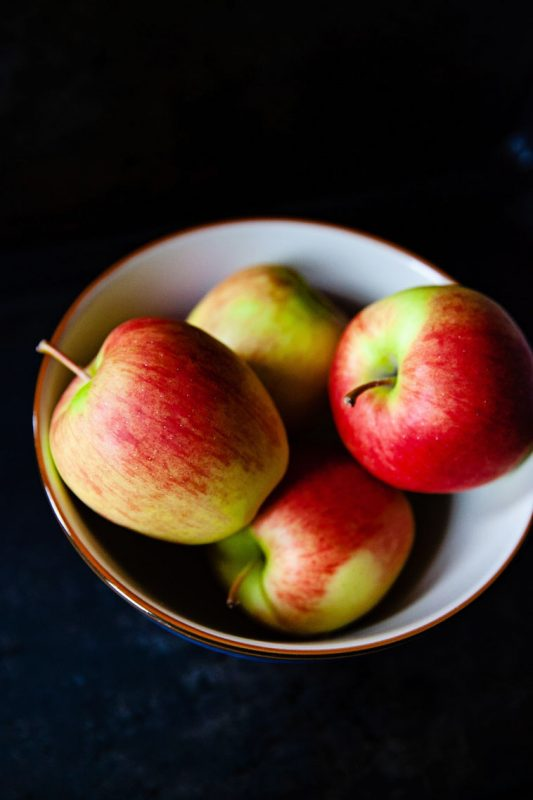 A bowl of Ambrosia apples