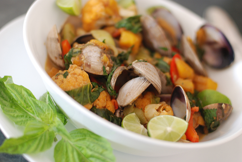 Thai Red Curry Clams and Mango